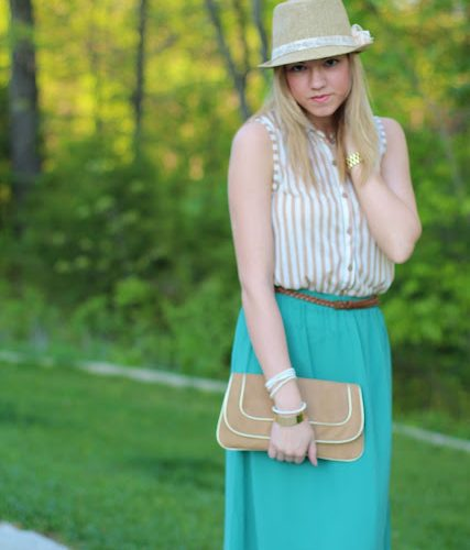 Outfit Post: Maxi & Stripes (Plus a GIVEAWAY!)