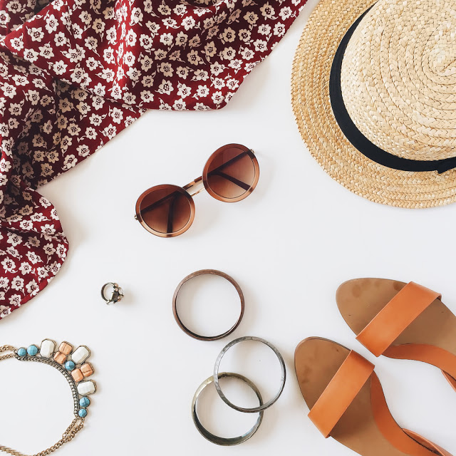 The 4 Pieces You Need for Simple and Stylish Summer to Fall Fashion