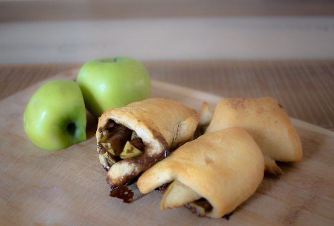 Mini Apple Pie Crescents | Dessert Recipe