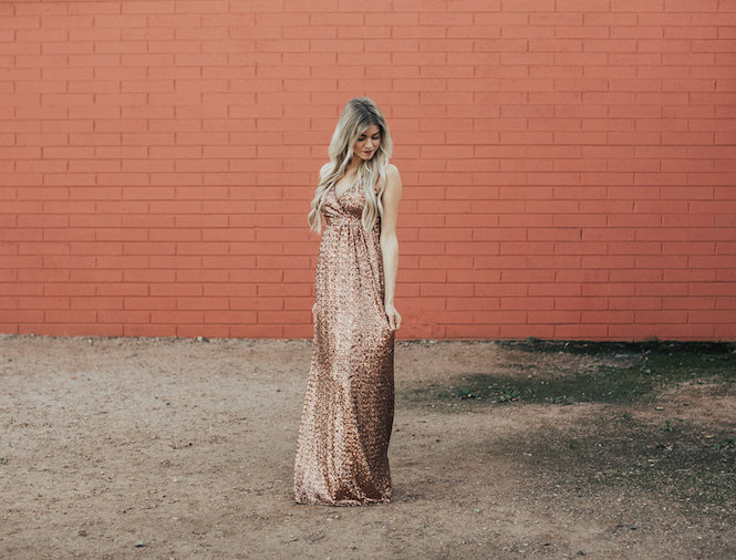 Lifestyle blogger Larissa of Living in Color shares a full guide to formal dresses for the nursing or pregnant mom. Read more now.