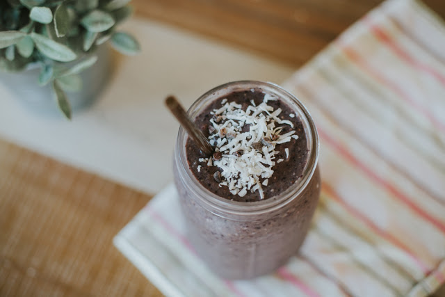 Energizing Acai Protein Smoothie Recipe (VIDEO)