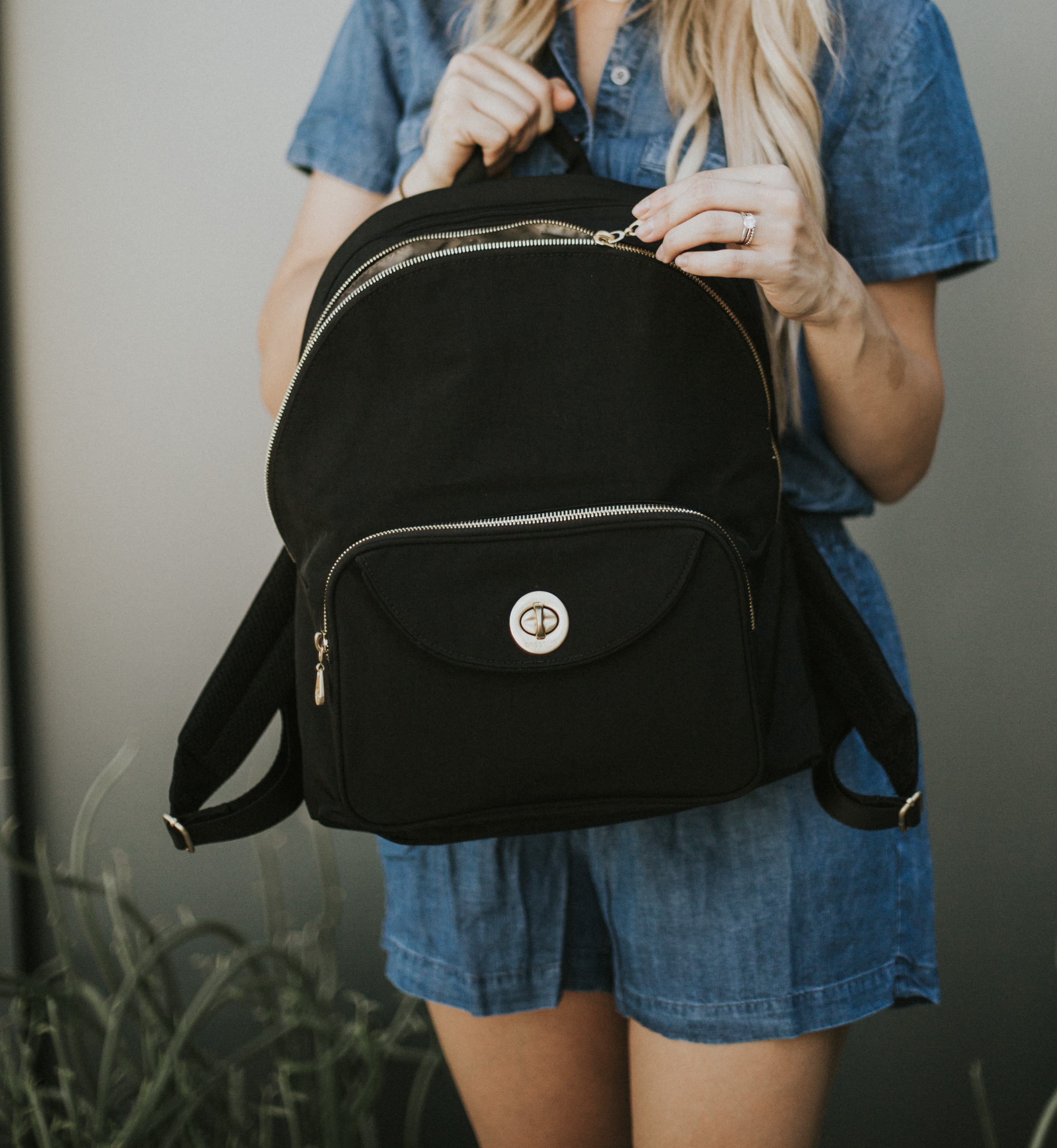 Affordable fashion blogger Larissa of Living in Color shares four reasons every mom should use a Zappos backpack diaper bag. Read more now.