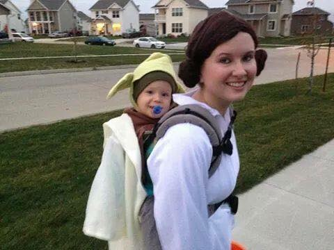 Mommy blogger Larissa of Living in Color blog shares several families' babywearing Halloween costume ideas. Read more now.