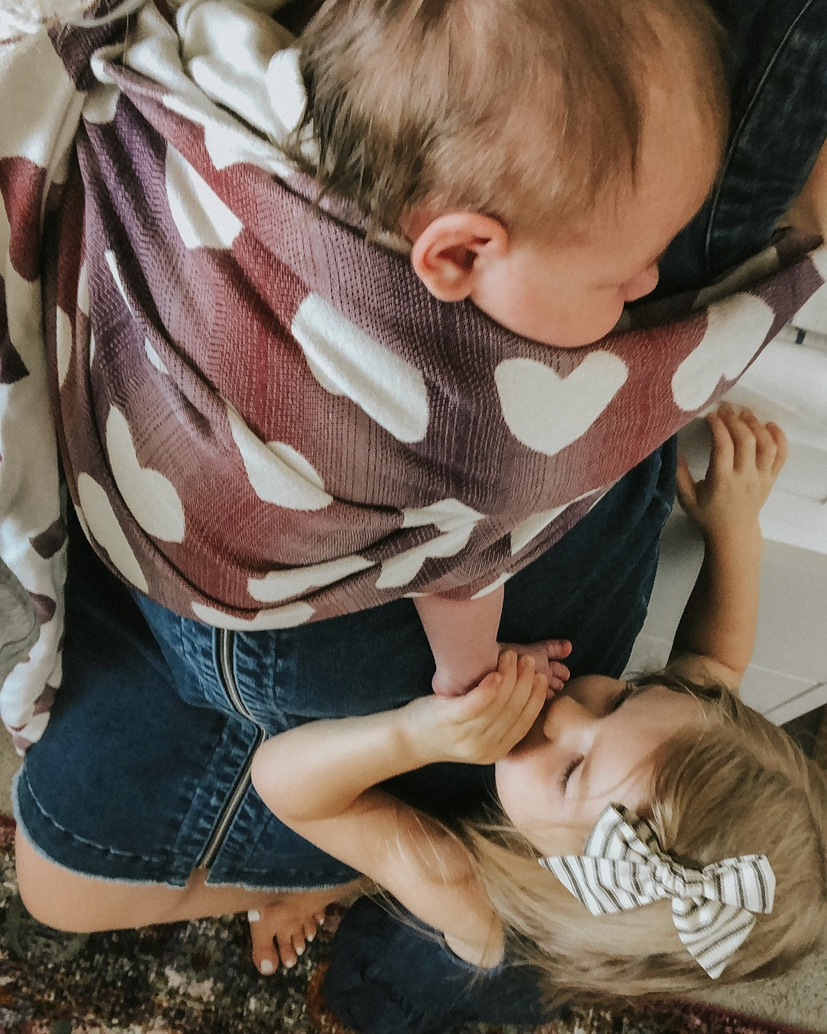 How to Wear Your Newborn in a Ring Sling