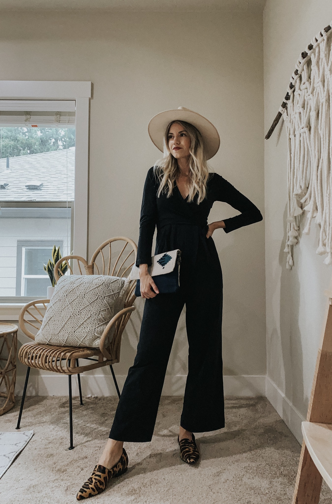 SHOP YOUR CLOSET   Three Nursing-Friendly Outfits For Fall